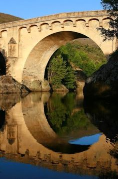 Pont génois à Ponte-Leccia Morosaglia, Haute Corse -
