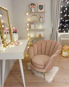 Bedroom Decor For Teen Girls, Cute Bedroom Ideas, Room Ideas Bedroom, Home Decor Bedroom, Teen Bedroom, Gold Bedroom, Girl Bedrooms, Beauty Room Decor, Makeup Room Decor