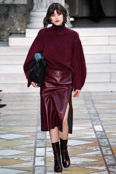 Explore the looks, models, and beauty from the By Malene Birger Autumn/Winter 2016 Ready-To-Wear show in Copenhagen on 6 February 2016 Fall Fashion 2016, Runway Fashion, Autumn Fashion, Fashion Trends, Chic Outfits, Fashion Outfits, Copenhagen Fashion Week, Malene Birger, Fashion Colours