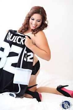 True Blue Intimates, LA Kings, Valentines gift, sexy photography, boudoir, sexy in hockey jersey