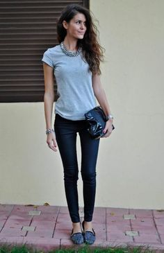 Beautiful but simple outfit.....sometimes the best #style #fashion #teenfashion