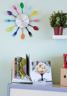 For the kitschy kitchen. A retro-inspired flatware clock.