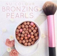 Fantastic look with these Bronzing pearls! Give your skin an instant sun-kissed glow. Tinted Moisturizer -Used by professional MUA's. Make Up Artists ⭐️ anti-aging ingredients,… Beauty Box, Diy Beauty, Bronzing Pearls, Beauty Guide, Beauty Secrets, Linens And Lace, Tinted Moisturizer, Color Correction, Healthy Skin