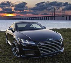 The new 2016 Audi TT-S