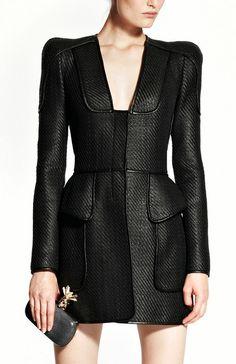 Alexander McQueen Pre-Spring 2011 Style Outfits, Bago, Dark Fashion, Trend  Fashion cf876debf44