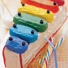 Twinkies as xylophone keys #cake #desserts