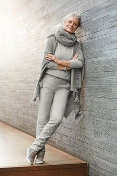 visit http://40plusstyle.com for more great style!
