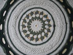 Latające dywany: Biało-zielona mandala