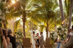Wedding ceremony. #weddingvenues #outsideweddings #weddingsinmexico #grandbayhotel #islanavidad