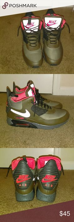 info for f0f5d 10c98 Air max boots With the bubble Nike Shoes Sneakers Air Max Boots, Nike Green,