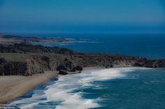 Sea Meets Sky #pacificcoasthighway #pacificocean #california #westcoast #ocean #nature #naturephotography #landscape #landscapephotography #seetheworld #gratitude #travel #travelphotography #dustysolesblog #wanderlust