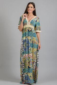 Maxi εμπριμέ φόρεμα στο www.primadonna.com.gr Τοποθεσίες 8cbab3f220f