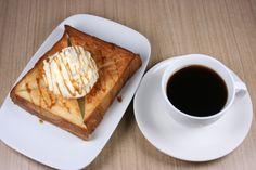 ベーカリーショップHOKUO人気のパン3種にアイスを挟んだアイスサンドを夏季限定発売