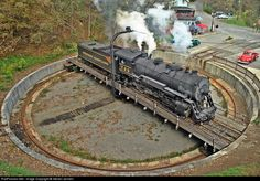 729 takes a spin on the turntable in Frostburg. Photo by Steven Jensen
