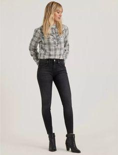 Mid Rise Ava Skinny Jean | Lucky Brand Retro Outfits, Jean Outfits, Grey Jeans Outfit, Black Jeans, Cotton Tunics, Jeans For Sale, Skinny Legs, Super Skinny, Ava
