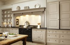 Best Georgian Kitchen Style Ideas For Your Amazing Home 7 — Home Design Ideas Georgian Interiors, Georgian Homes, Modern Georgian, Aga Kitchen, Country Kitchen, Range Cooker Kitchen, Neutral Kitchen, Kitchen White, Kitchen Cabinets