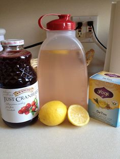 Trying out the Jillian Michael's detox water! 1 dandelion root tea bag no… Trying out the Jillian Michael's detox water! 1 dandelion root tea bag no sugar added, cranberry juice lemon juice 60 oz distiller water Combine all ingredients and dr Detox Yoga, Body Detox, Healthy Detox, Healthy Drinks, Healthy Water, Detox Foods, Healthy Food, Detox Cleanse For Weight Loss, Cleanse Detox