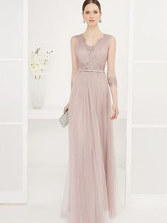 Shop affordable Sheath Sleeveless Beaded Floor-Length V-Neck Tulle Prom Dress at June Bridals! Over 8000 Chic wedding, bridesmaid, prom dresses & more are on hot sale. Sexy Formal Dresses, Formal Dresses With Sleeves, Lace Evening Dresses, Tulle Prom Dress, Lace Dress, Affordable Wedding Dresses, Beaded Chiffon, Prom Dresses Online, Types Of Dresses