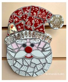 Christmas Mosaics, Stained Glass Christmas, Stained Glass Crafts, Mosaic Crafts, Mosaic Projects, Mosaic Ideas, Christmas Crafts, Christmas Ornaments, Christmas Trees