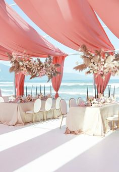 Look at this now remodeled beach wedding pictures Beach Wedding Reception, Beach Ceremony, Wedding Reception Decorations, Wedding Themes, Wedding Designs, Wedding Tips, Summer Wedding, Wedding Favors, Wedding Invitations