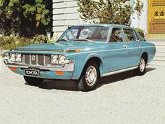 My parents used to own a 1971 Toyota Crown like this one. Same colour and they traded a Hillman Hunter in to buy it.