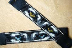 Items similar to Eyes of the Night - Native American - Team Jacob twilight loomed bracelet on Etsy