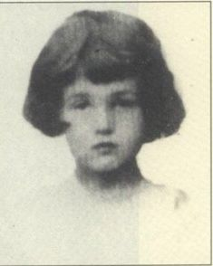 Rachel Friedmann 9 years old Fly On The Wall, Never Again, Lest We Forget, Anne Frank, 9 Year Olds, Special People, World War Two, Historia, Memories