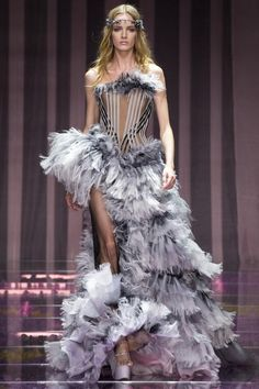 Versace Couture Fall 2015 Model: Daria Strokous
