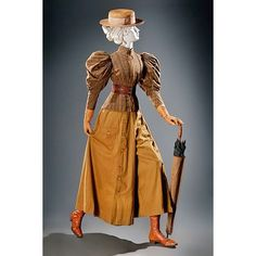 Mountaineering Ensemble - - Via FIDM Museum, Los Angeles. Lily Elsie, Sport Fashion, Retro Fashion, Vintage Fashion, Ladies Fashion, Historical Costume, Historical Clothing, Edwardian Clothing, Historical Dress