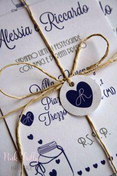Le tue partecipazioni fai da te diventano stiloso con pochi dettagli: prova lo spago da pacchi ;) #partecipazioni #matrimonio
