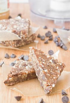 Copycat Peanut Butter Chocolate Chip Larabars