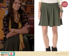 Marley's army green flared skirt and black floral top on Glee. Outfit Details: http://wornontv.net/19556