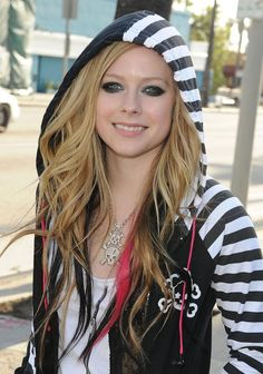 Avril Lavigne - Skull Rock Style