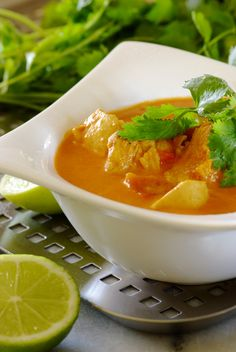 Butter Chicken a spicy, delicious version of one of the world's most popular Indian dishes. We think you're going to LOVE this unusual new recipe from Chef Wendy's magic test kitchen! Soup Recipes, Great Recipes, Dinner Recipes, Favorite Recipes, Healthy Recipes, Dinner Ideas, Recipies, Butter Chicken, Chicken Soup