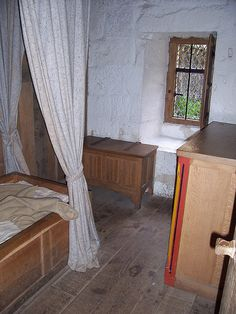 Bedroom: Monk's Cell Mount Grace Priory (England)