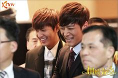 Leeminho and Choi Jin Hyuk smiling so brightly  :)