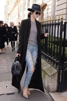 Kendall Jenner's Stylist Picks Her 3 Favorite Spring Trends Kendall Jenner's 3 favorite trends to wear this spring Kylie Jenner Outfits, Kendall Jenner Outfits, Cool Outfits, Fashion Outfits, Womens Fashion, Style Fashion, Fashion Trends, Spring Outfits, Winter Outfits