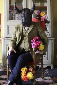 Christian Lacroix photographié par Guilhem de Castelbajac+ Christian Lacroix, Crazy People, Strange People, Castelbajac, Beautiful People, Instagram Posts, Kit, Photography, Funny People