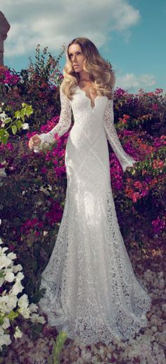 lace wedding dress lace wedding dresses with long sleeve, favorite so far. Bind the front bodice with eyelets, renaissance style, love sweetheart neckline #laceweddingdresses