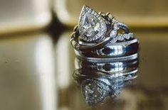 Spectacular Entertaining Events| Serafini Amelia| Art Nouveau Wedding Inspiration -Uniquie Beautiful Wedding Rings