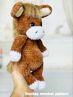 Crochet Zebra Pattern, Plush Pattern, Crochet Patterns Amigurumi, Crochet Toys, Handmade Ideas, Handmade Toys, Handmade Crafts, Cute Crochet, Crochet Ideas