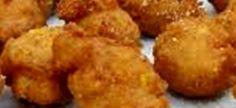 Baie lekker vir apteit- wekkers voor braaivleis… Maak 'n stywe slap pap 1 kop Mieliemeel 3 kop water Bestanddele: 2 kop Slap pap 2 kop Koekmeel 2 kop Gerasperde kaas 4 teel Bakpoeier Appetizer Dips, Appetizer Recipes, Snack Recipes, Cooking Recipes, 21 Day Fix, My Favorite Food, Favorite Recipes, Toddler Muffins, Fried Mushrooms