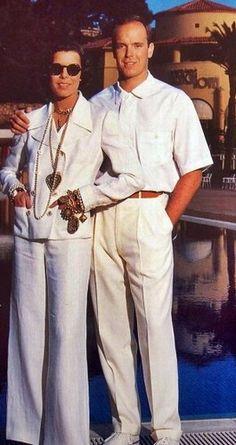 La Princesse Caroline avec son frere, le Prince Albert