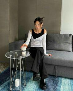 Korean Street Fashion, Asian Fashion, Cool Outfits, Casual Outfits, Fashion Outfits, Fashion Line, Mode Inspiration, Types Of Fashion Styles, Aesthetic Clothes