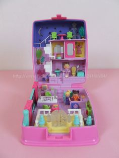 Polly Pocket Star Bright Dinner Party 1994 I totally had this! I have no idea why i've sold this one.. Sniff