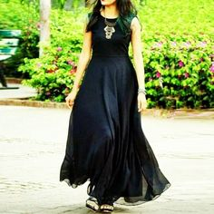 New plain classy black color georgette maxi style party wear dress for women. Party Dresses Online, Party Wear Dresses, Maxi Styles, Designer Gowns, Blouse Designs, Dress Designs, Festival Wear, Party Fashion, Get Dressed