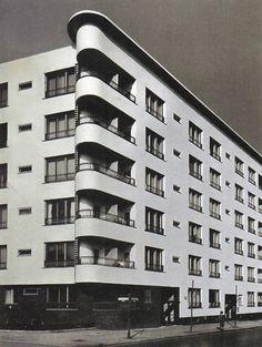 Berlin Wilmersdorf, Appartementhaus, Hans Scharoun, 1929-30.