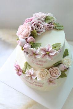 입속의 꽃 디플로라 어떤 케이크라고 굳이 설명하지 않아도 ~^^ 디플로라의 색감이 그대로 전해지시죠? 팬...