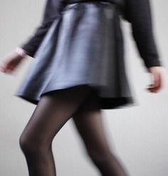 fashion, black, and skirt-bild