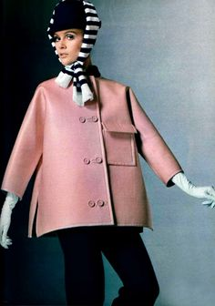 L'Officiel magazine 1969 Givenchy